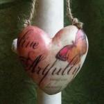 live-artfully-heart-orn