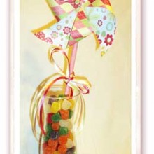 Celebrate Spring with Bright HandMade Pinwheels & Cupcakes