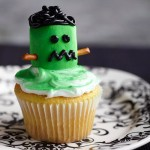 Halloween green monster cupcake
