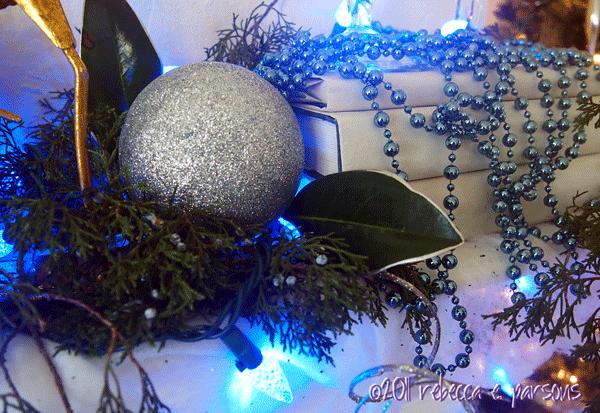 DIY Christmas Decor Vignette #19 ~ Elegantly Sumptuous Luxe 4 Less mantle