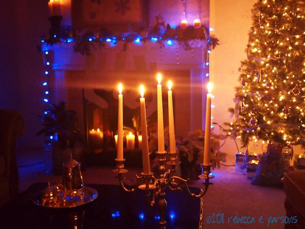 DIY Christmas Decor Vignette #22 ~ Elegantly Sumptuous Luxe 4 Less Candle Scape