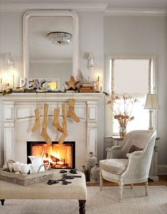 DIY Faux Wooden Stockings Hung by the Mantle With Care #ElmersHoliday #GlueNGlitter