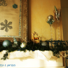 DIY Christmas Decor Vignette #9 ~ Elegantly Sumptuous Luxe 4 Less