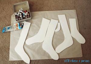 DIY faux wooden stocking #ElmersHoliday #Looks4Less #GlueNGlitter #cBias