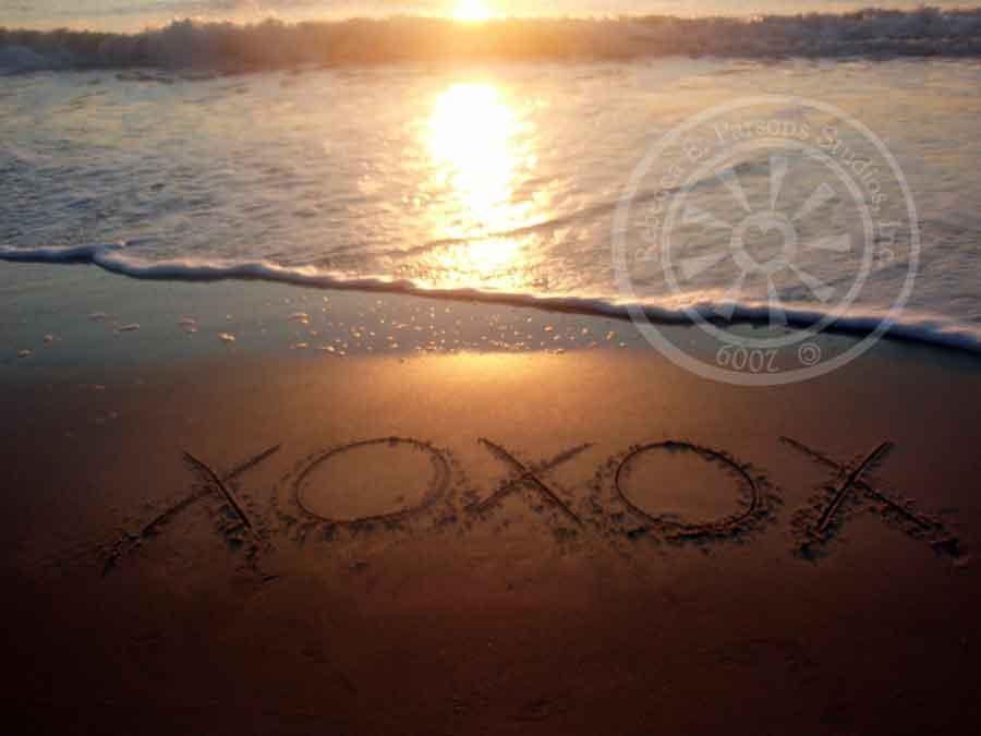 XOXOX photo by the sea
