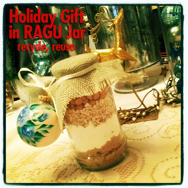 gift-in-RAGU-jar-hero