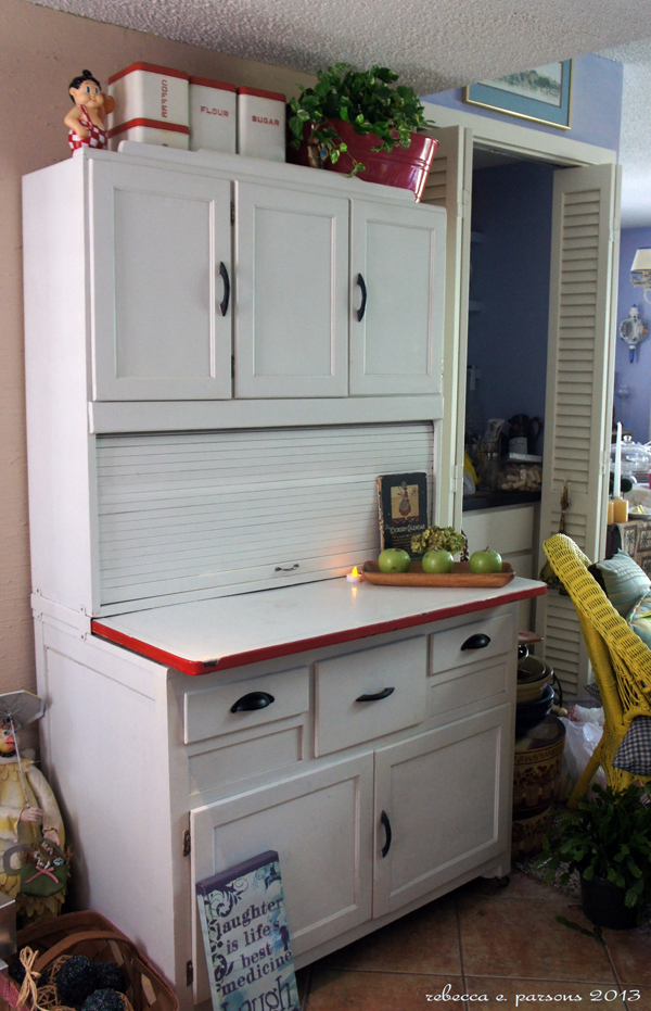Ghosts of furniture past update diy hoosier cabinet for Restoring old kitchen cabinets