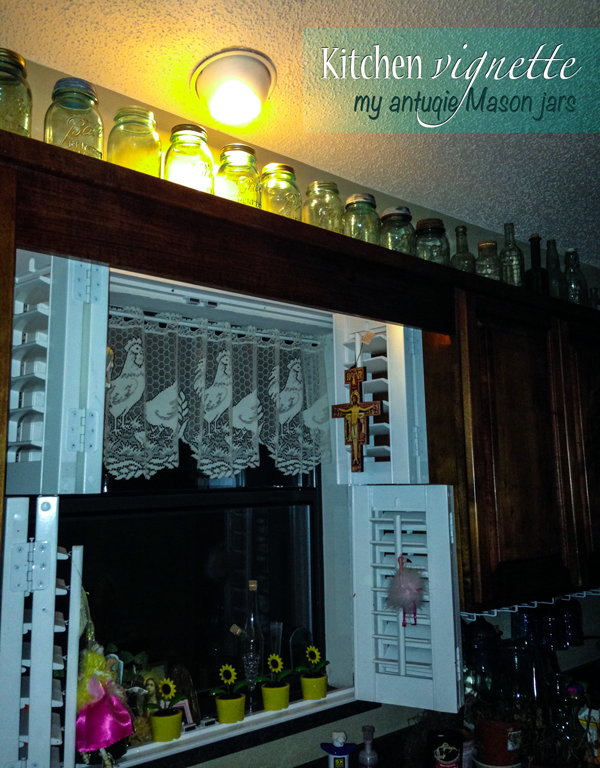 Kitchen-vignette-Mason-jars