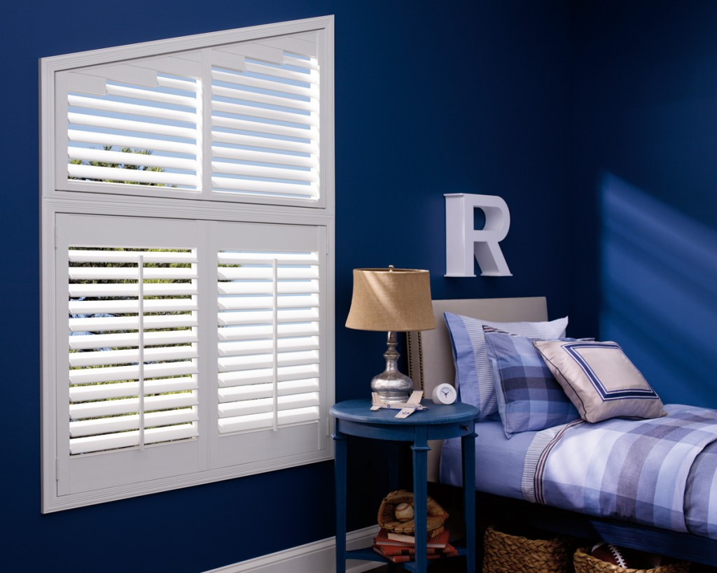 royal blue Colorful Fall Trends and Transitions with Décorview #decorview