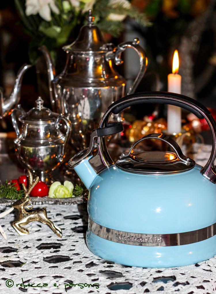 St Nicholas Tea Kitchenaid Pot