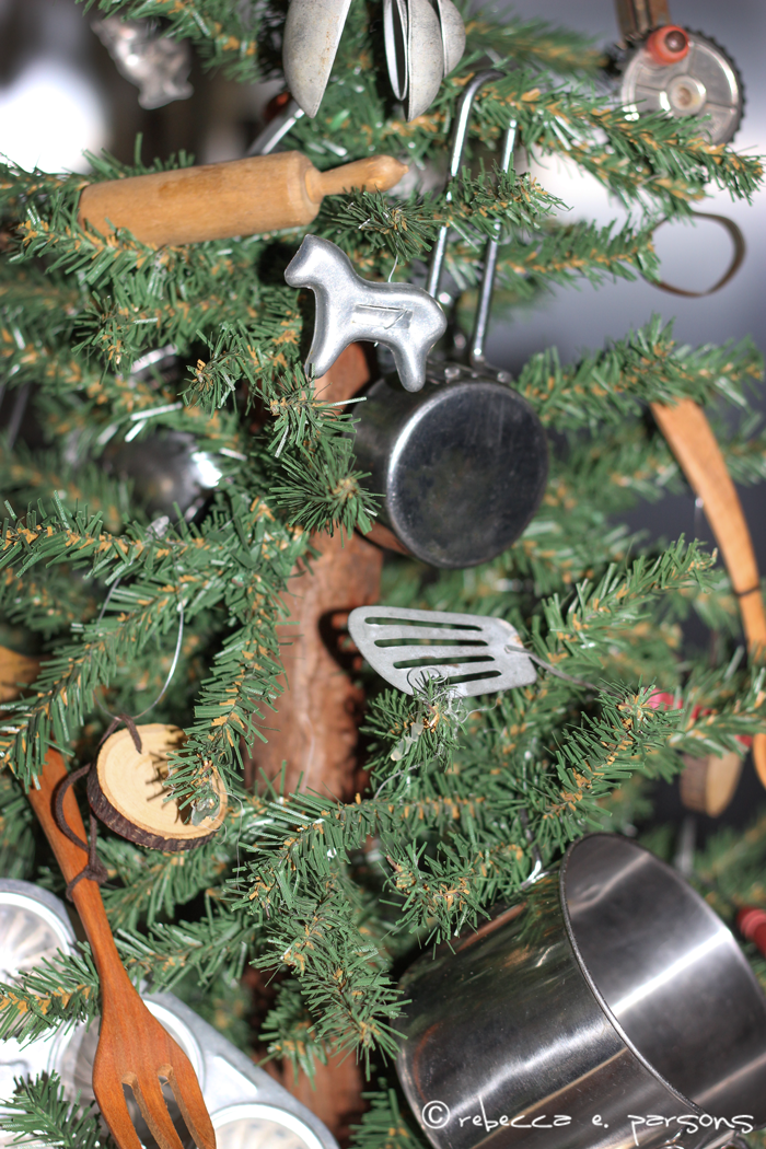 kitchen-Chrustmas-tree-front