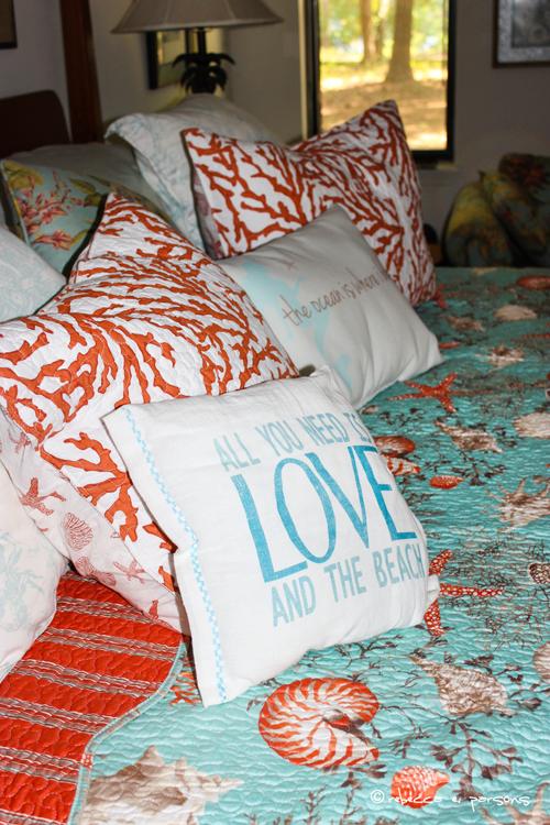 master bed pillows and shams