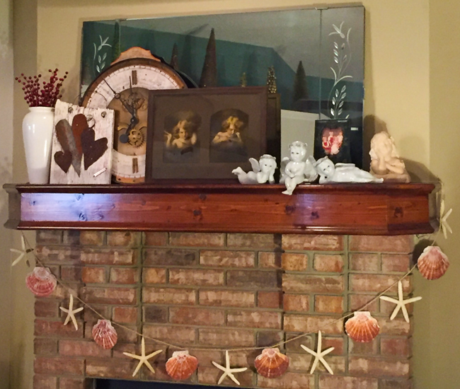DIY Valentine Mantle Decorating Ideas