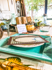 How to Create a Rustic Thanksgiving Table Inexpensively