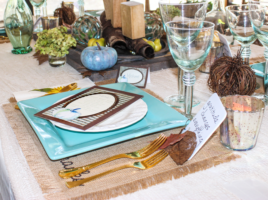 rustic thanksgiving table place setting