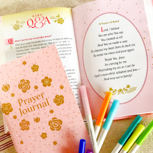 Sharing Prayer with Grandchildren! Prayer Bible Giveaway